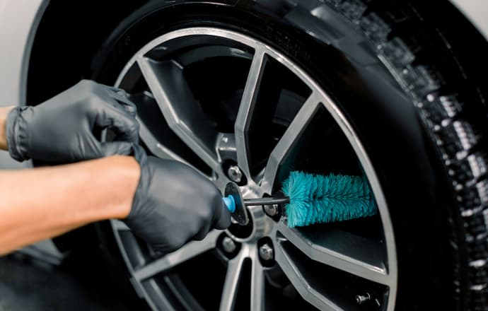 Best Alloy Wheel Brush UK
