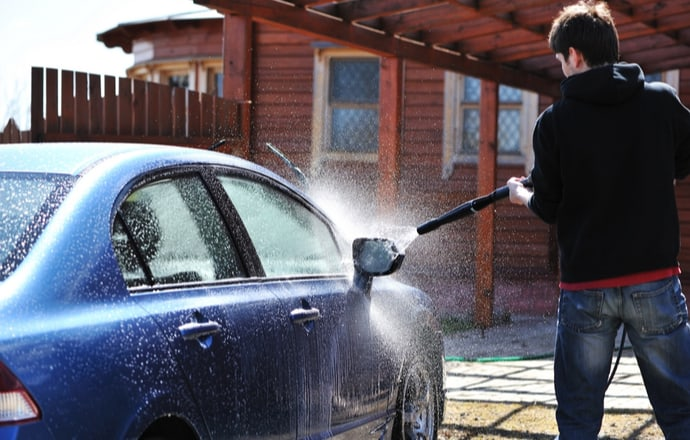 Best Pressure Washer for Car Detailing UK